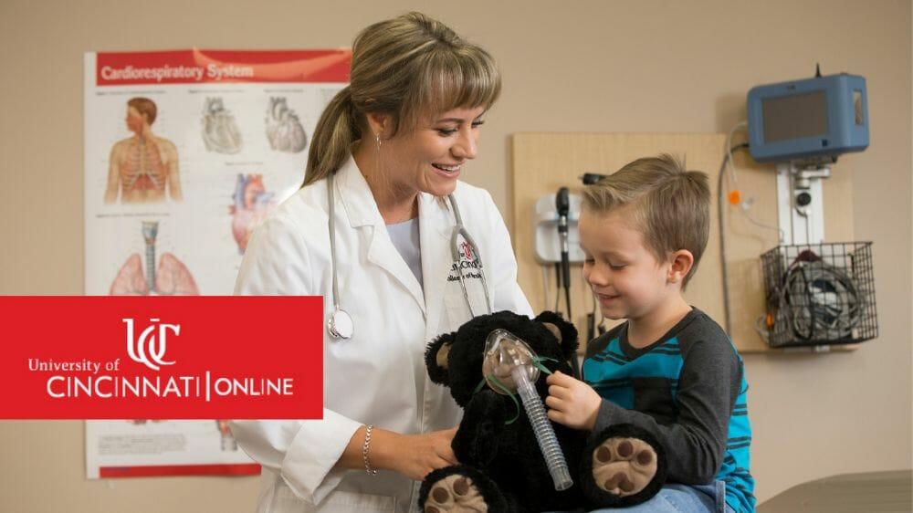 Respiratory_Therapist_teaches_child