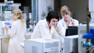 Lab Students working in classroom