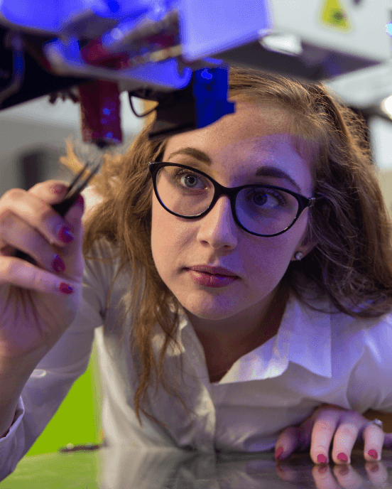 Female-working-on-additive-manufacturing